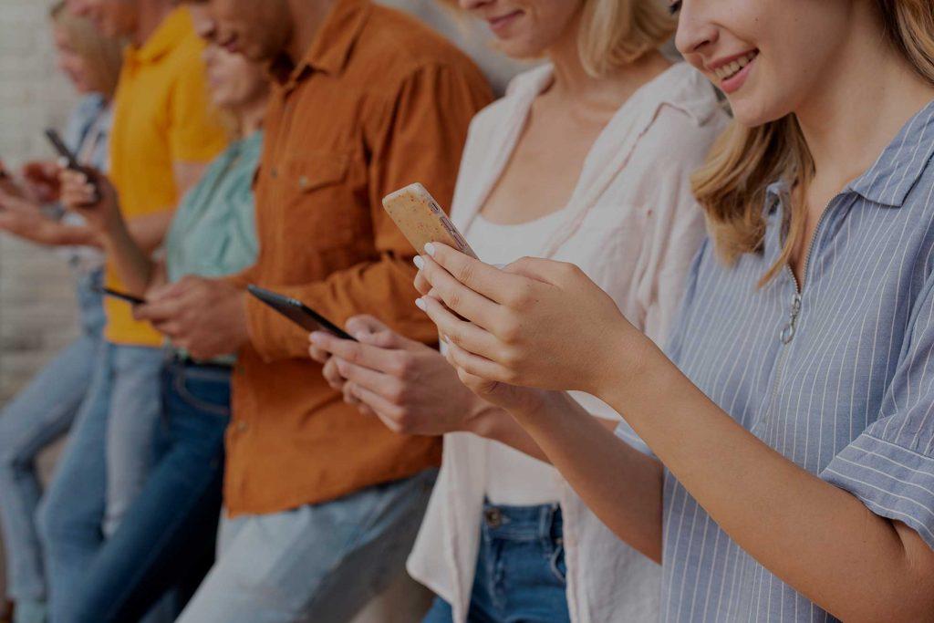 adicción al movil y a las redes sociales